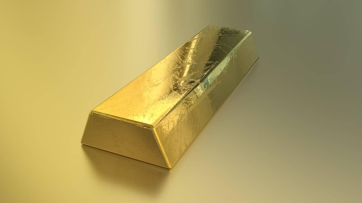 تفسير رؤية الذهب في المنام للعزباء للمتزوجة