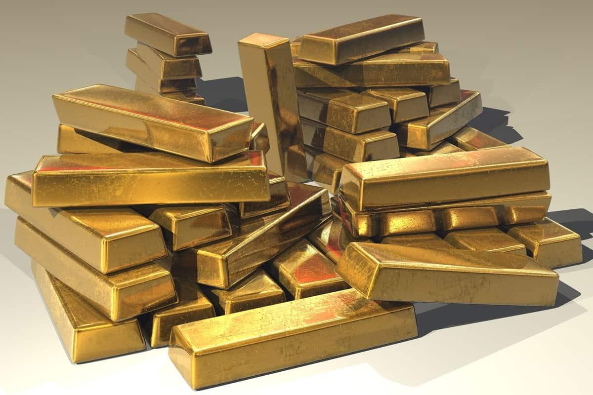شراء الذهب في المنام للعزباء وارتداءه أو بيعه