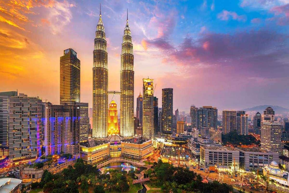 الدليل السياحي الشامل للسفر إلى ماليزيا