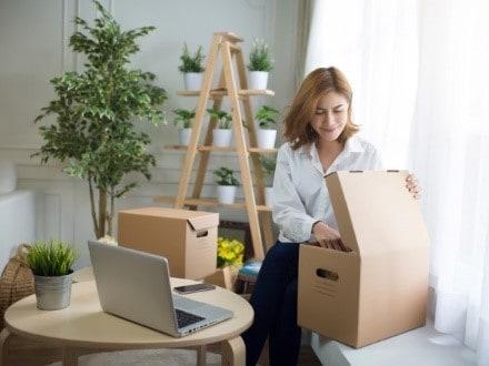طرق وخطوات تجهيز المنزل قبل السفر