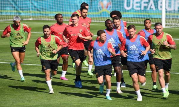 القنوات المفتوحة الناقلة ليورو 2021 كأس أمم أوروبا مجانا استرا اموس تركي ٢٠٢١